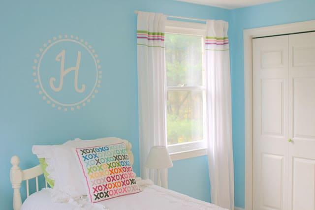 Hannah's Crazy Closet Color