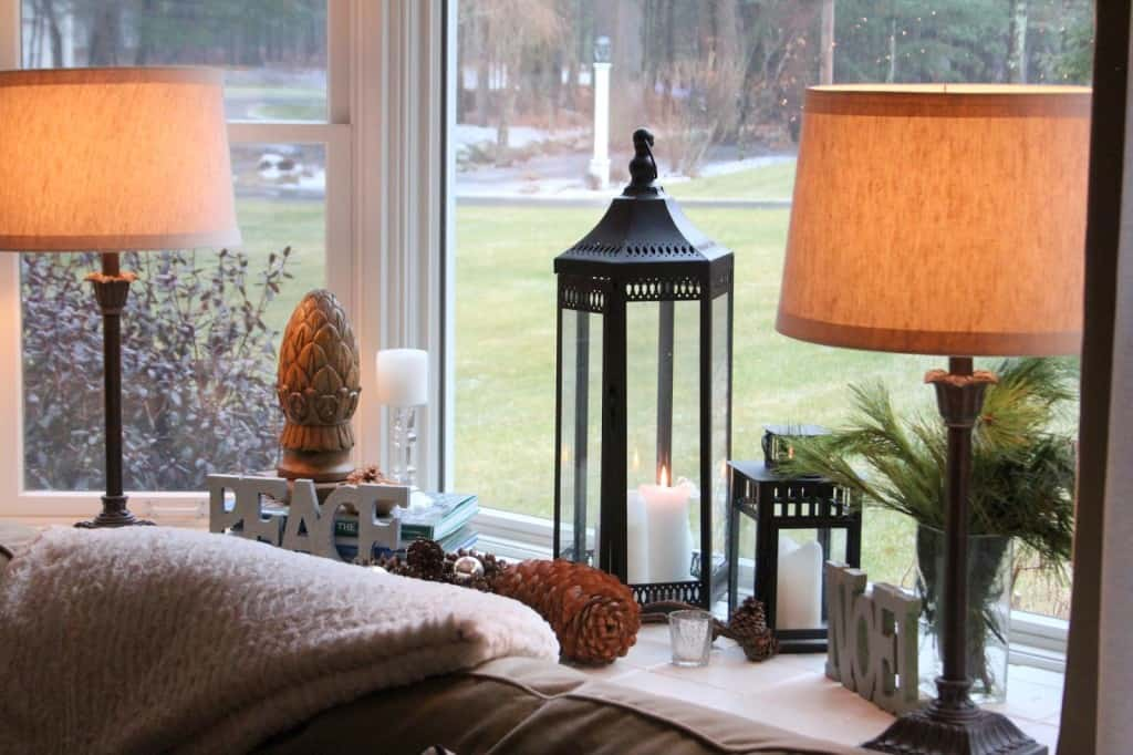 styling bay window sills - Bay Window Decorations For Christmas