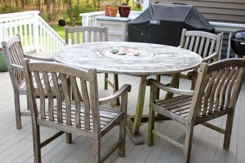 Cleaning Sealing Outdoor Teak Furniture