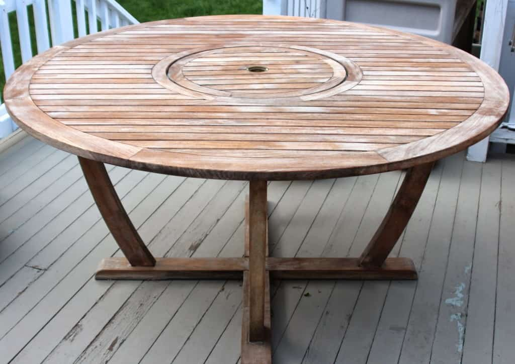 Cleaning Amp Sealing Outdoor Teak Furniture Shine Your Light