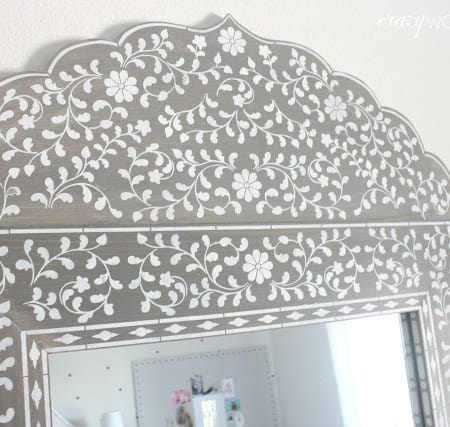DIY inlay mirror close up
