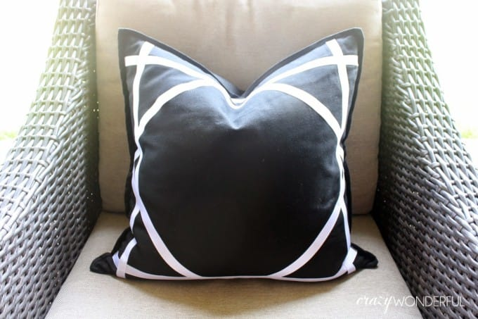 Ribbon trimmed no sew pillow by Shelley of Crazy Wonderful