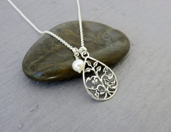 Tree of life necklace with freshwater pearl