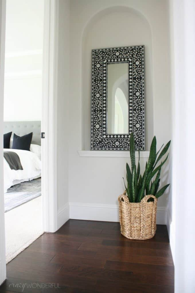This amazing DIY mirror was made by Shelley of Crazy Wonderful blog.