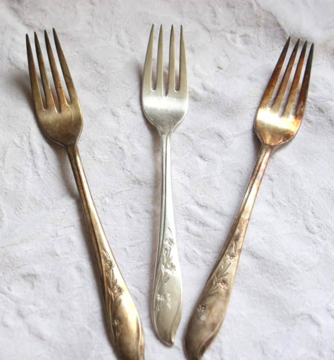 A quick and easy way to clean silver and silver plate.