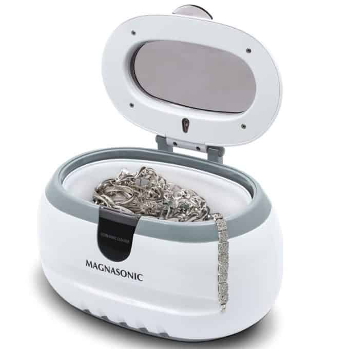 Ultrasonic jewelry cleaner.