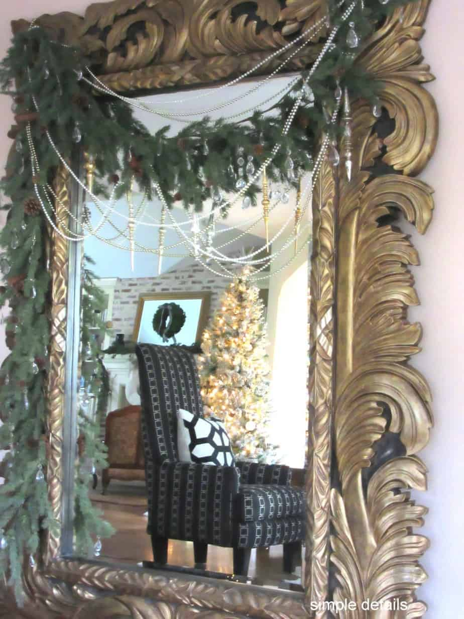 Gorgeous oversized mirror with fresh greens | Simple Details