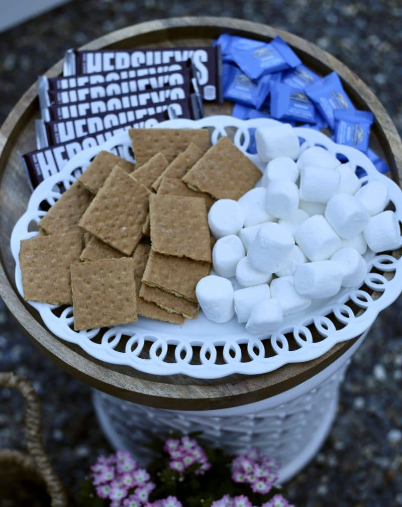 The makings of s'mores on a tray