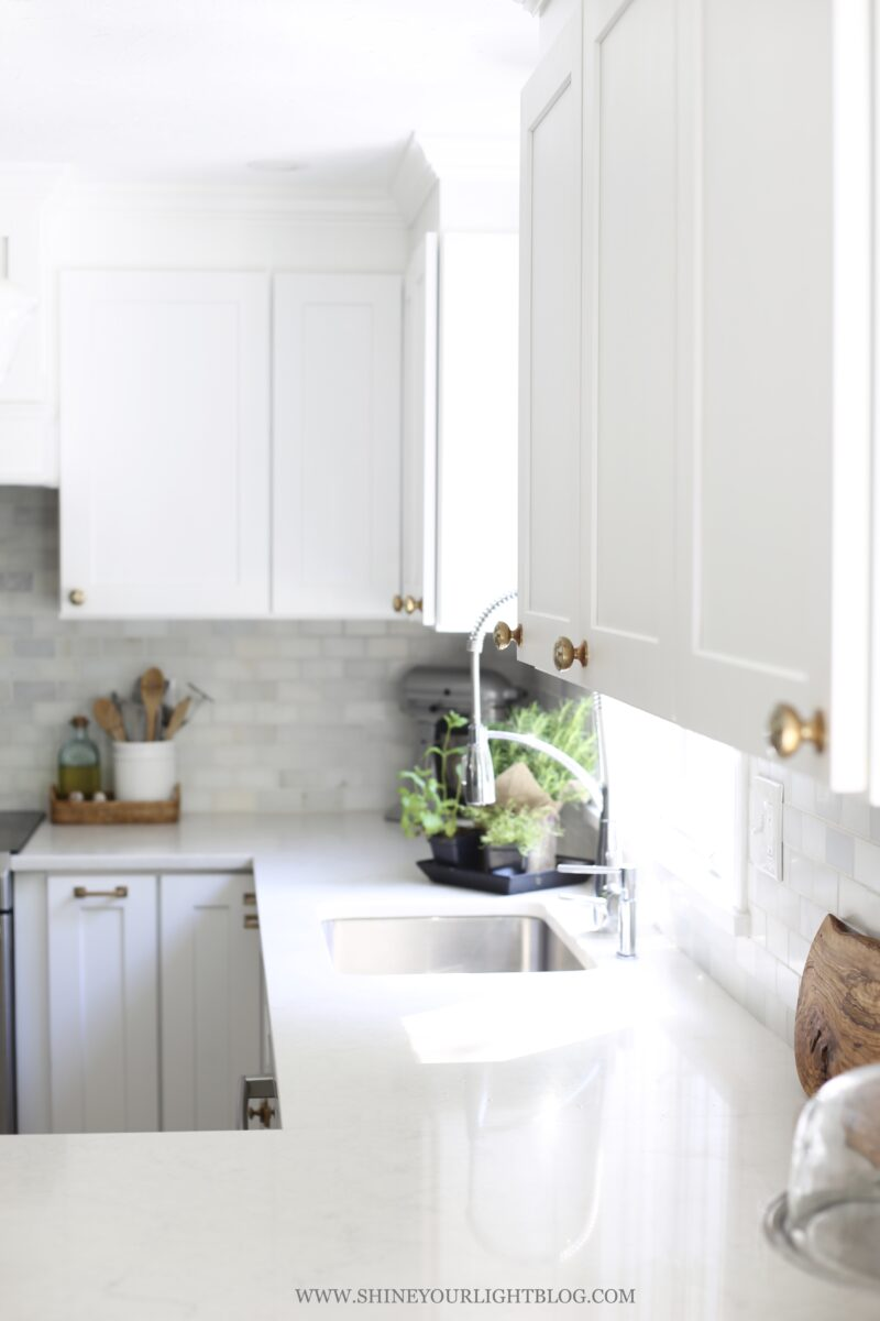Light and bright kitchen remodel